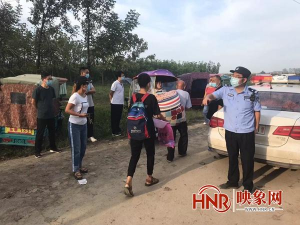 驻马店:汝南公安全力开展护学工作 助力师生复学复课