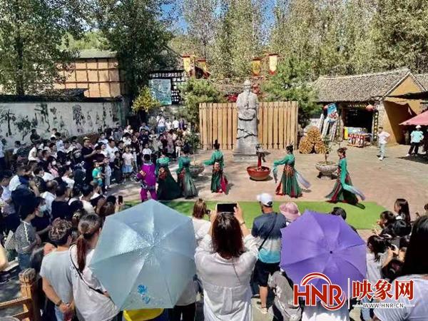 鲁山县:中秋假期接待游客15.13万人次