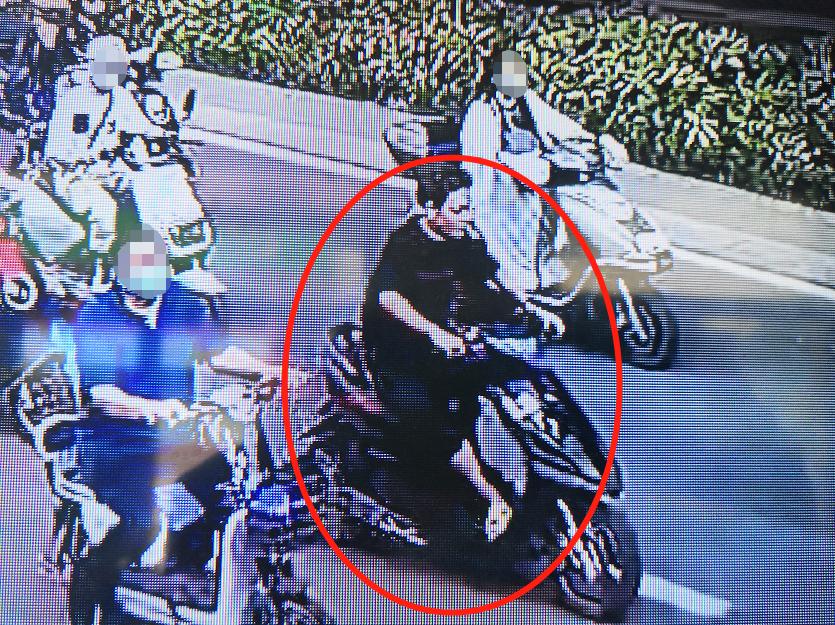 一男子陇海路撞人逃逸 郑州警方:跑得了吗!