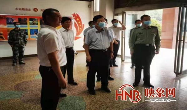 河南省双拥模范县城考评组到通许县考核双拥工作