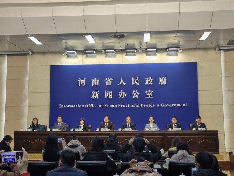 寒潮天气猝不及防,河南省对特殊人群提前下拨补助资金75.9亿元