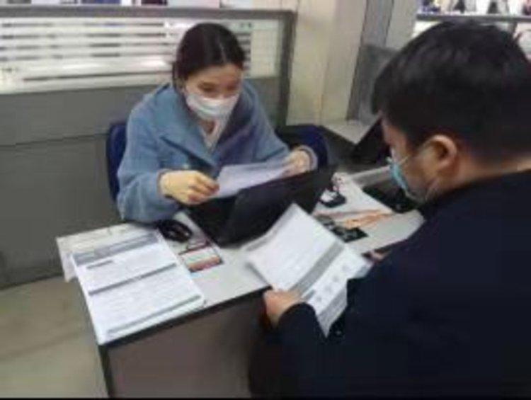 郑州人力资源中心举办招聘活动 为高校毕业生提供8600余个岗位