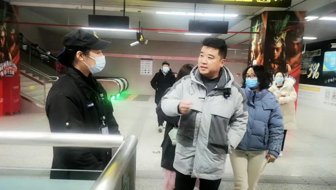 不戴口罩!在郑州乘地铁、公交、网约车的后果是…记者实探!